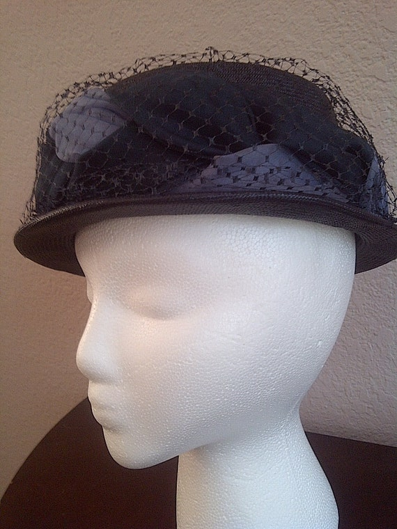 Vintage VELDA ORIGINAL HAT Straw and Netted