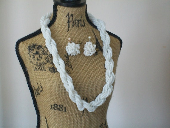 vintage white glass seed bead necklace set