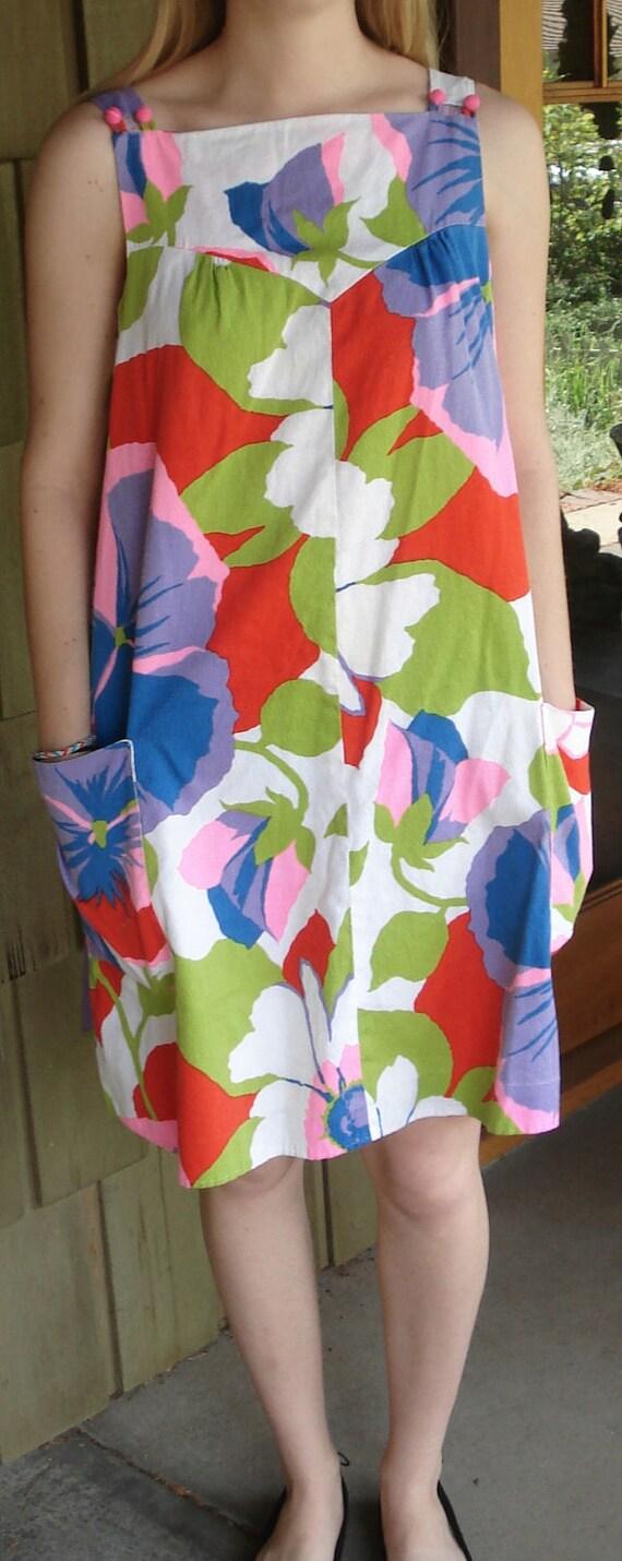 Vintage 60s Big Flowers & Pockets Shift Dress (Medium)