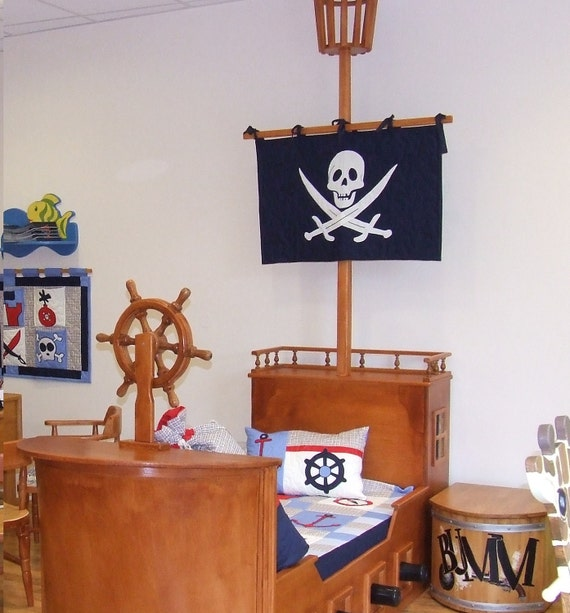 Black Skull banner, Little Boy's Nautical/Pirate Bedroom  -black white - HET