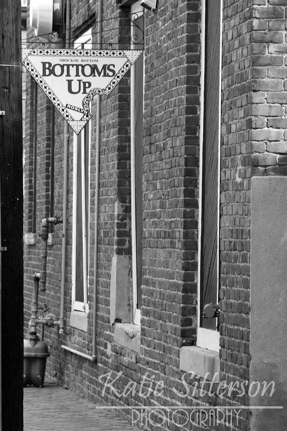 Richmond Virginia, Bottoms Up Pizza, Black and White Photo Art, Pizza Photo, Food Photo, Sign Print, Framed Photography Option