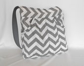 Gray Zigzag Massenger Bag
