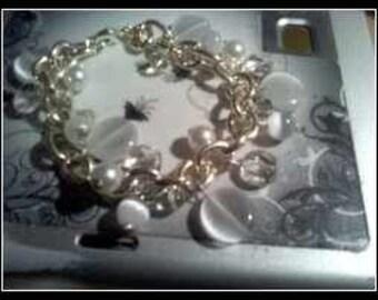 Glass Beaded Pearl Bracelet