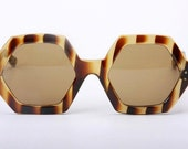 exclusive astonish big and hexagonal Italy  handmade celluloid sunglasses in tortoise patter free shipping