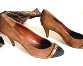 Vintage Suede Shoes. Brown Black Heels. 80s Shoes Mad Men Fashion Vintage Size 6. Office Shoes. Made in Spain