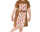Retro mod dress in brown with retro dears.