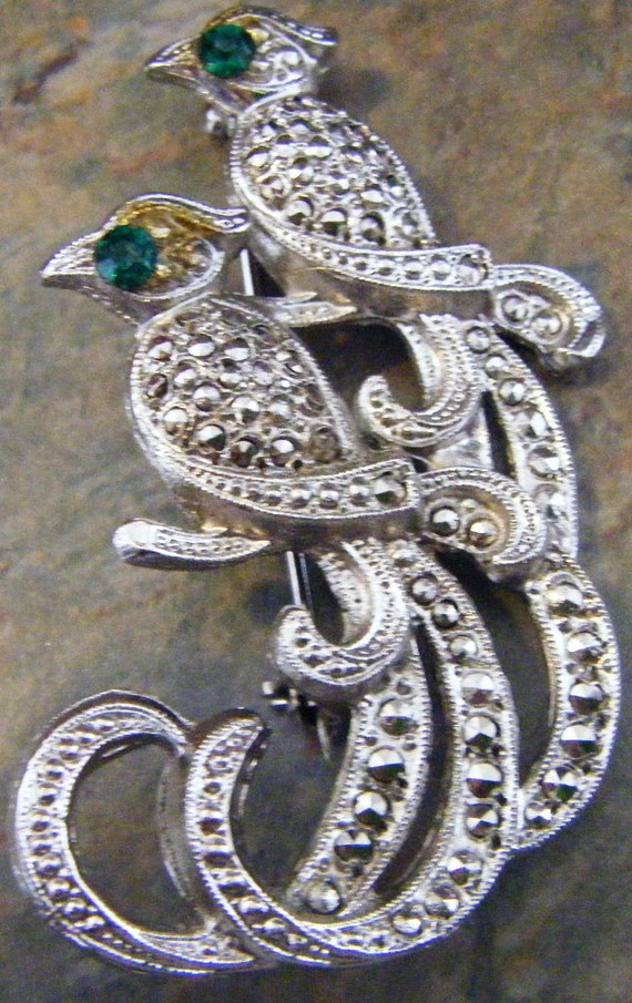 Vintage Pair of Rhinestone Covered Plumed Exotic Birds with Emerald Eyes Brooch/Pin