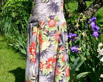 Hawaiian print sundress, 100% rayon, full skirt, small to medium, cruise, resort