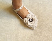 Crochet Pattern  slippers, Mary Jane slippers, crochet women slippers , DIY tutorial, Instant Download
