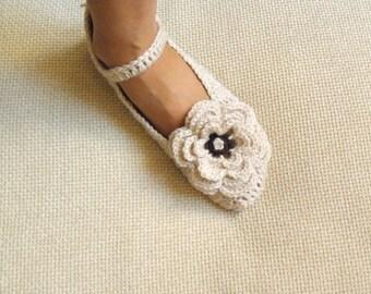 Crochet Pattern  slippers, Mary Jane slippers, crochet women slippers , DIY tutorial, Instant Download