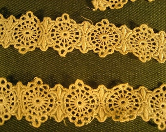 Vintage Ivory Lace circa 1920s