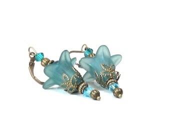 Teal Blue Flower Antiqued Brass, Crystal & Pearl Dangle Earrings, Blue Jewelry, Teal Jewelry, Flower Jewelry, Summer, Gifts for Women, Blue