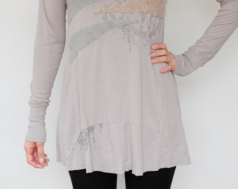 Silk Screen Long Sleeve Tee w/ Cashmere Appliqué