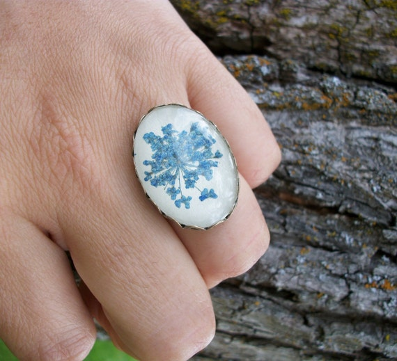 rings for women, cameo rings, cute rings, real fower ring, nature inspired ring, nature ring, blue flower ring, unique rings, ladies rings