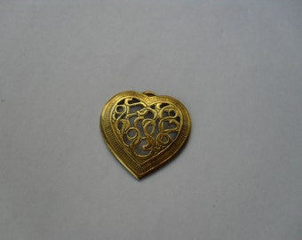3 Vintage Brass Filigree Heart Stamping