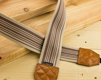 Camera Strap - Earthy free style stripe for DSLR and Mirrorless (Brown)