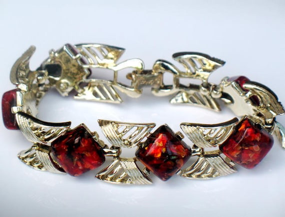 Coro Red Confetti Bracelet Lucite 1950s Signed Vintage Collectable Jewelry