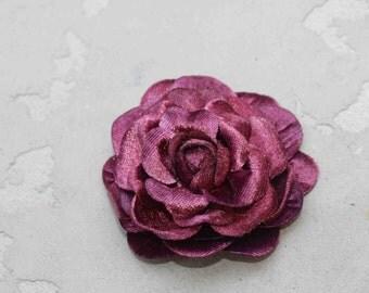 Very  cute velvet flower with back pin