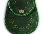 Scottish PUNK toxic green skull and crossbones handmade leather sporran. Git yer kilt on.