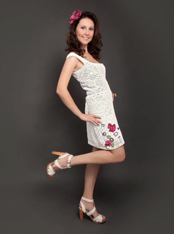 White spring-summer exclusive crochet dress