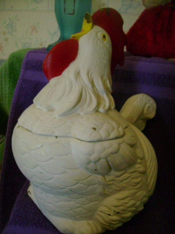 Vintage Chippy Chicken Cookie Jar