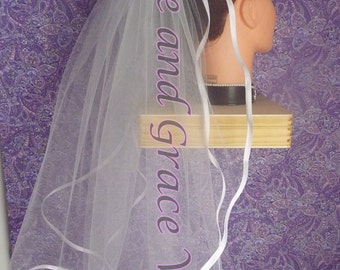 "First Communion Veil, 1/4"" Satin on Comb/Barrette, White"