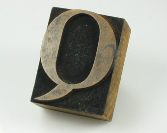 "Letter ""Q"" Vintage Printmaker Wood Block for Stamping Designs on Textiles Clay - Scrap Booking - Letter Q"