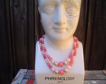 Vintage Pink and White Plastic Beaded Necklace
