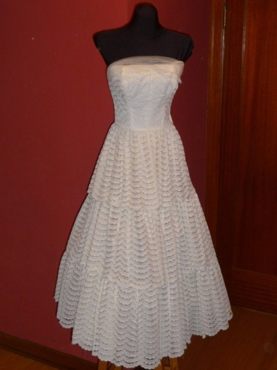 """1950s Strapless Gown, Ivory Lace-Tiered Tea Length Formal Dress, 24 1/2"""" Waist"""