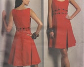 Vogue Dress Pattern 1089 sizes  8, 10, 12, 14 UNCUT Badgley Mischka
