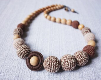 Nursing \  Teething necklace for breastfeeding Mommy - Crochet baby Teether - Boho Sling accessories - Collier allaitement  - brown beige