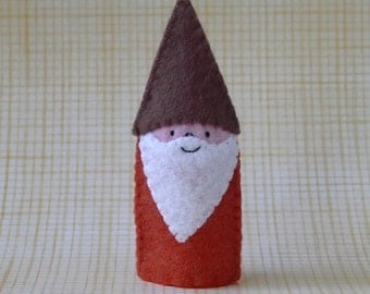 Harvest Gnome Finger Puppet - Gnome Puppet - Bearded Gnome Finger Puppet - Knome