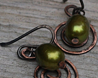 Green Pearls And Spiral Copper Earrings Copper Jewelry