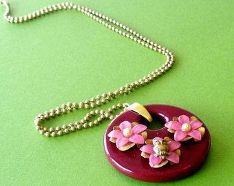 SALE/Burgundy GO-GO Owl Floral Hoop Lucite Pendant, Woodland Kitsch, Vintage Plastic Hoop with Brass Owl Pendant, Woodland Owl Jewelry