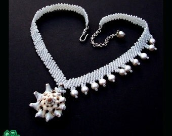 Unique bridal shell and pearl asymetric beaded necklace, beadwoven boho wedding jewelry, beach wedding, white boho, flowing natural jewelry