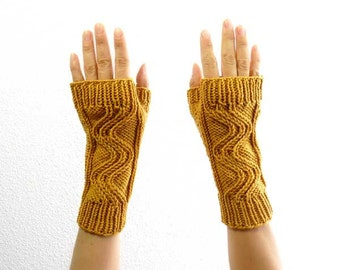 Merino Fingerless Mitts. Cable Knit. Soft.  Sunflower Gold. Spring / Fall / Winter / Hipster Fashion. Handmade in France.