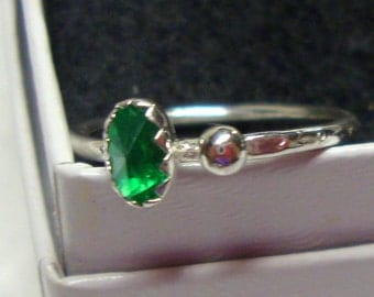 Emerald Green Topaz ring - .999 sterling silver - Fair Trade eco friendly recycled/reclaimed custom made in USA - May Birthstone color