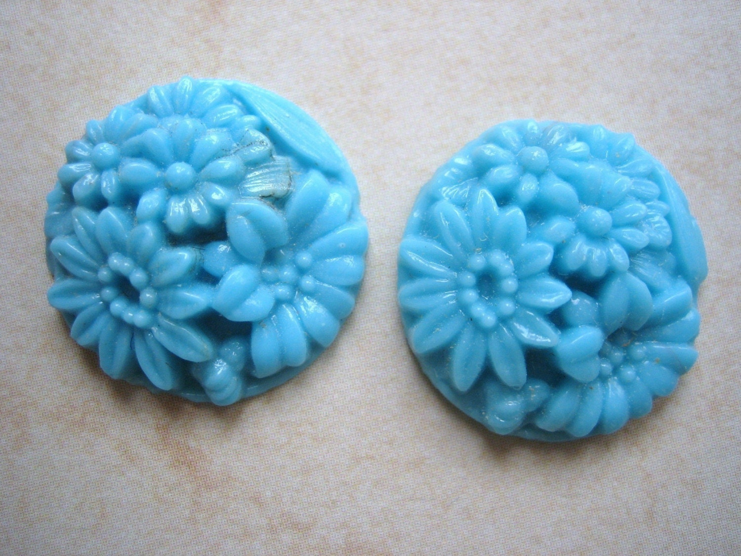 Carved Stone Glass : Two vintage cabochons glass japanese carved stone cab aqua