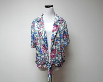 "SALE!!! . vintage floral top . medium / 44"" bust"