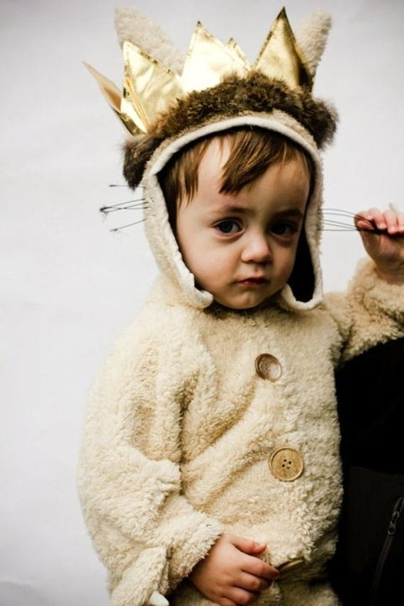 reserved for embrock  Kids Luxury MAX  ( Size 3T- 5T)   where the wild things are in sherpa      adult sizes available