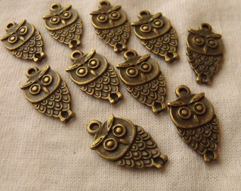 Owl Connectors Antiqued Brass Plated Alloy 18x10mm Two Loops 12 Pcs