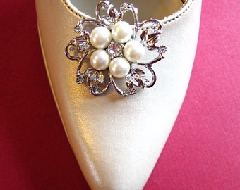 Weddings, Shoe Clips,  Pearl and Crystal Flower, Bridal Shoe Clips, 2 Clips, One Pair