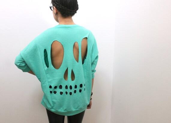 Mint Skull Cut-Out Sweatshirt - L