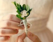 Natural boutonniere, Boxwood leaf pin, wedding keepsake, Groomsmen button hole - GARDENIA