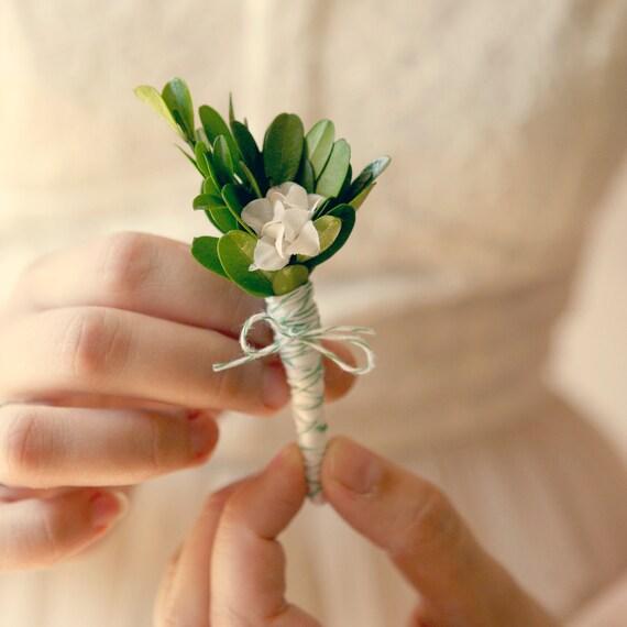 Natural boutonniere, Boxwood leaf pin, wedding keepsake, Groomsmen button hole - GARDENIA