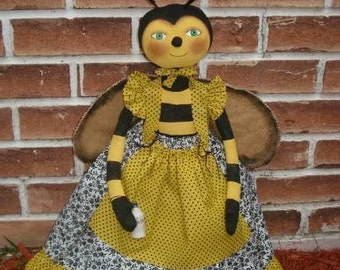 DOLL PATTERN Primitive Folk Art Bumble Bee Doll or Toaster Cover Raggedydays #147