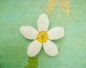 Beaded Hair Clip Or Brooch - Itty Bitty Daisy - Beaded Flower Hair Clip - Ododo Originals