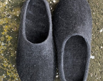 Husband gift - Felt wool slippers Gray stone - men women Natural boiled wool house shoes