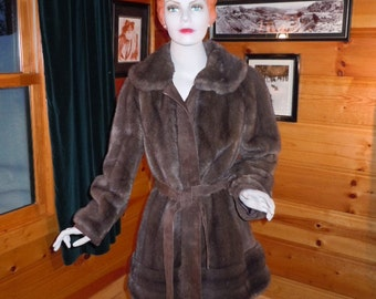 Vintage 70's Women's Coat -Lilli Ann Designs Brown Faux Fur -Real Suede from England- Small Bust 36""