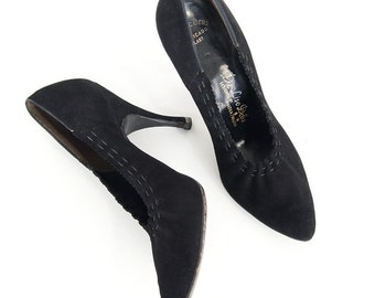 SALE 50s Chic Black High Heeled Pumps by Deliso Debs - Gathered Detail 6AA